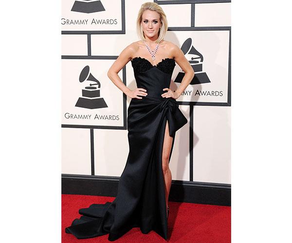 Carrie Underwood in unique Nicolas Jebran look