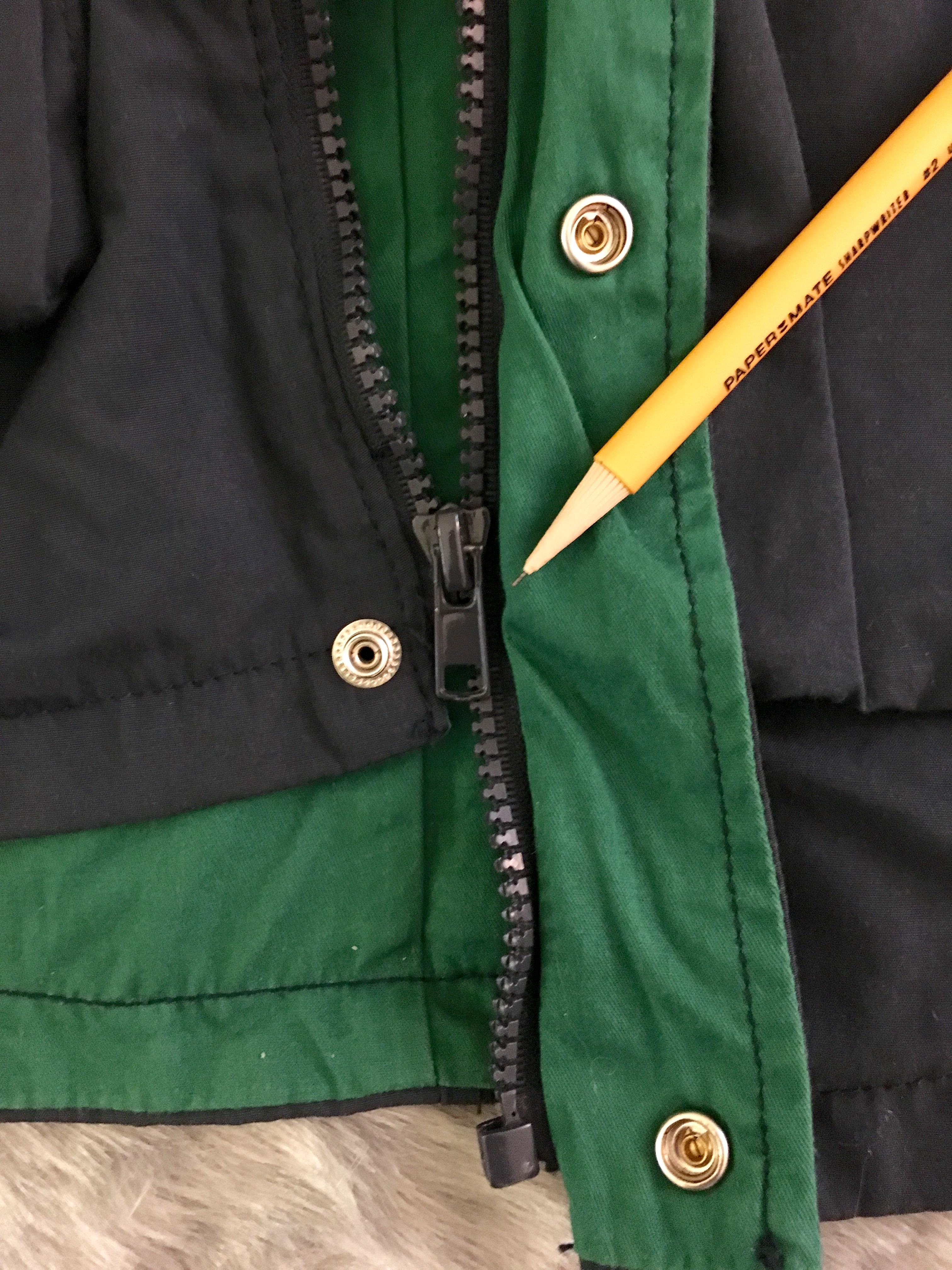 moncler zipper broke