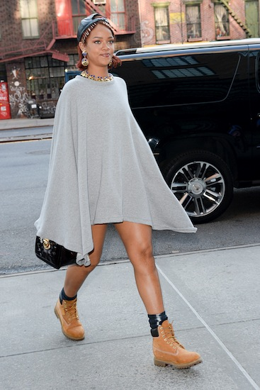 ***MANDATORY BYLINE TO READ INFPhoto.com ONLY*** Rihanna wears a very short grey sweatshirt poncho with no pants visible underneath while out in New York City this afternoon. Pictured: Rihanna Ref: SPL1019026 060515 Picture by: ACE/INFphoto.com