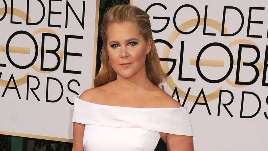Amy Schumer Is Wearing Prabal Gurung at the 2016 Golden Globe Awards