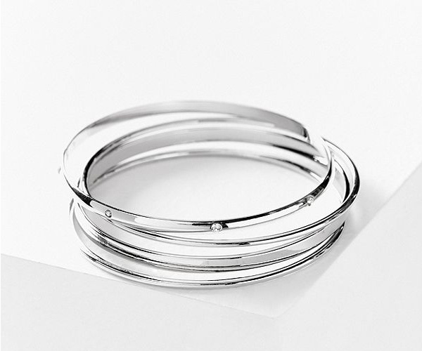 silver stacked bangle bracelets
