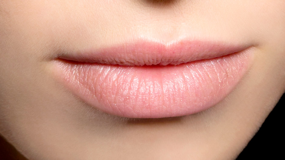 The 8 Best Drugstore Lip Balms With The Highest Customer Reviews & Ratings