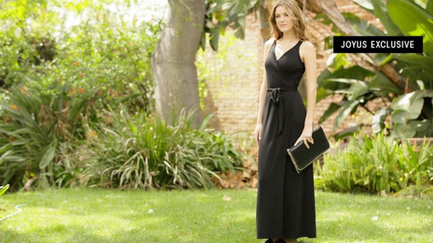 This $68 Maxi Dress Legit Looks Good On <em>Every</em> Body