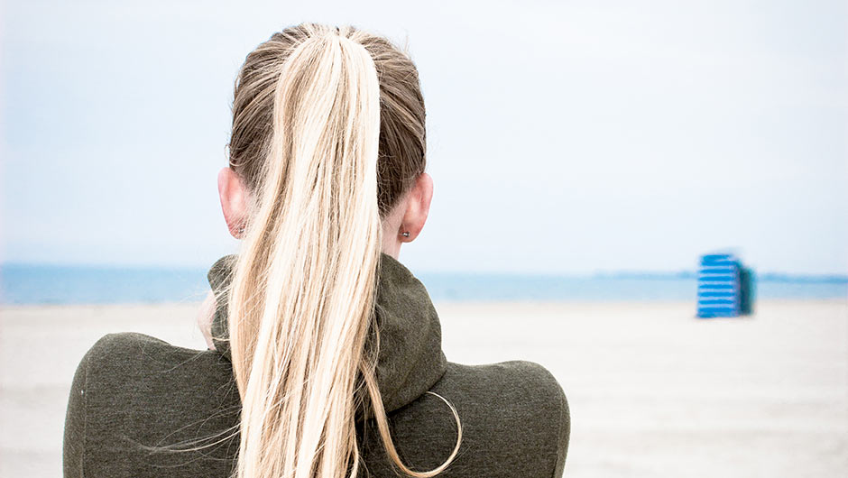 The One Thing You Should Never Do When Putting Up A Ponytail