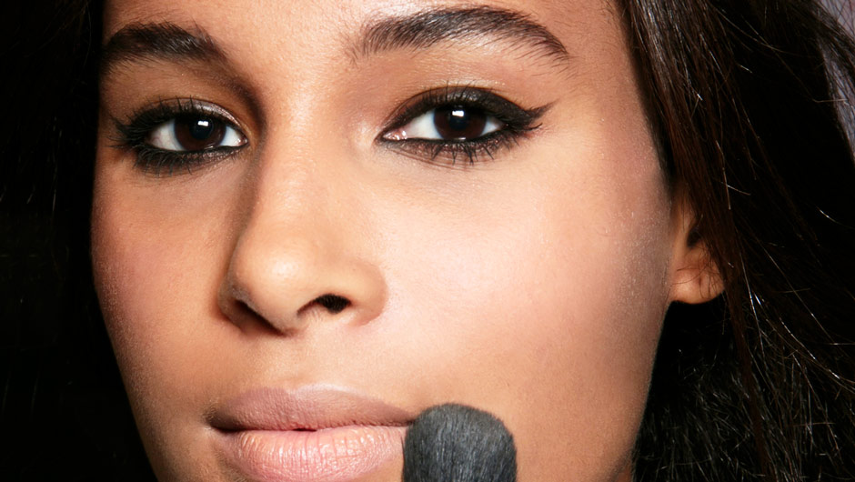 This Is The Single Best Eyeliner For Women Who Can't Draw A Straight Line