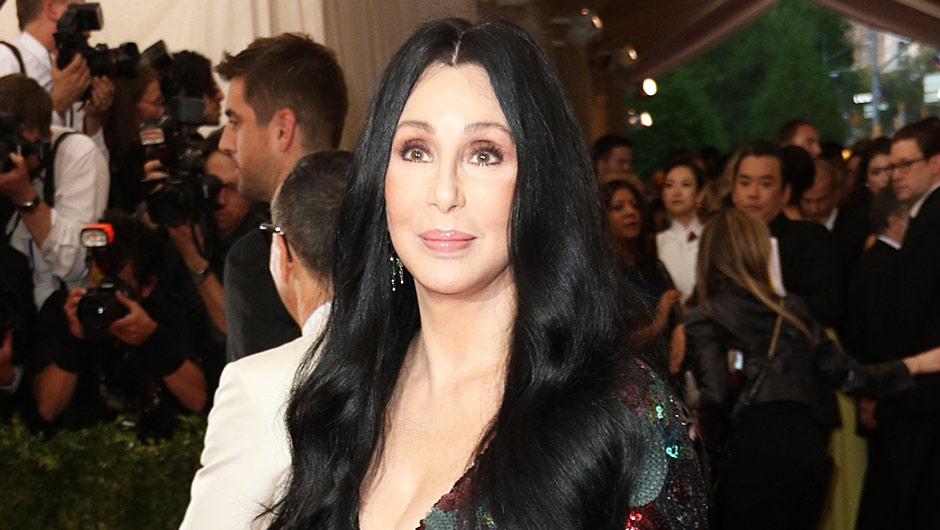Cher's Twitter feud with Fabletics