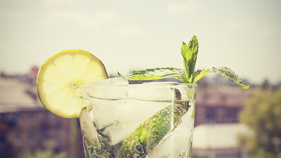 6 Cocktails That Are Low-Calorie (Besides Vodka Soda)