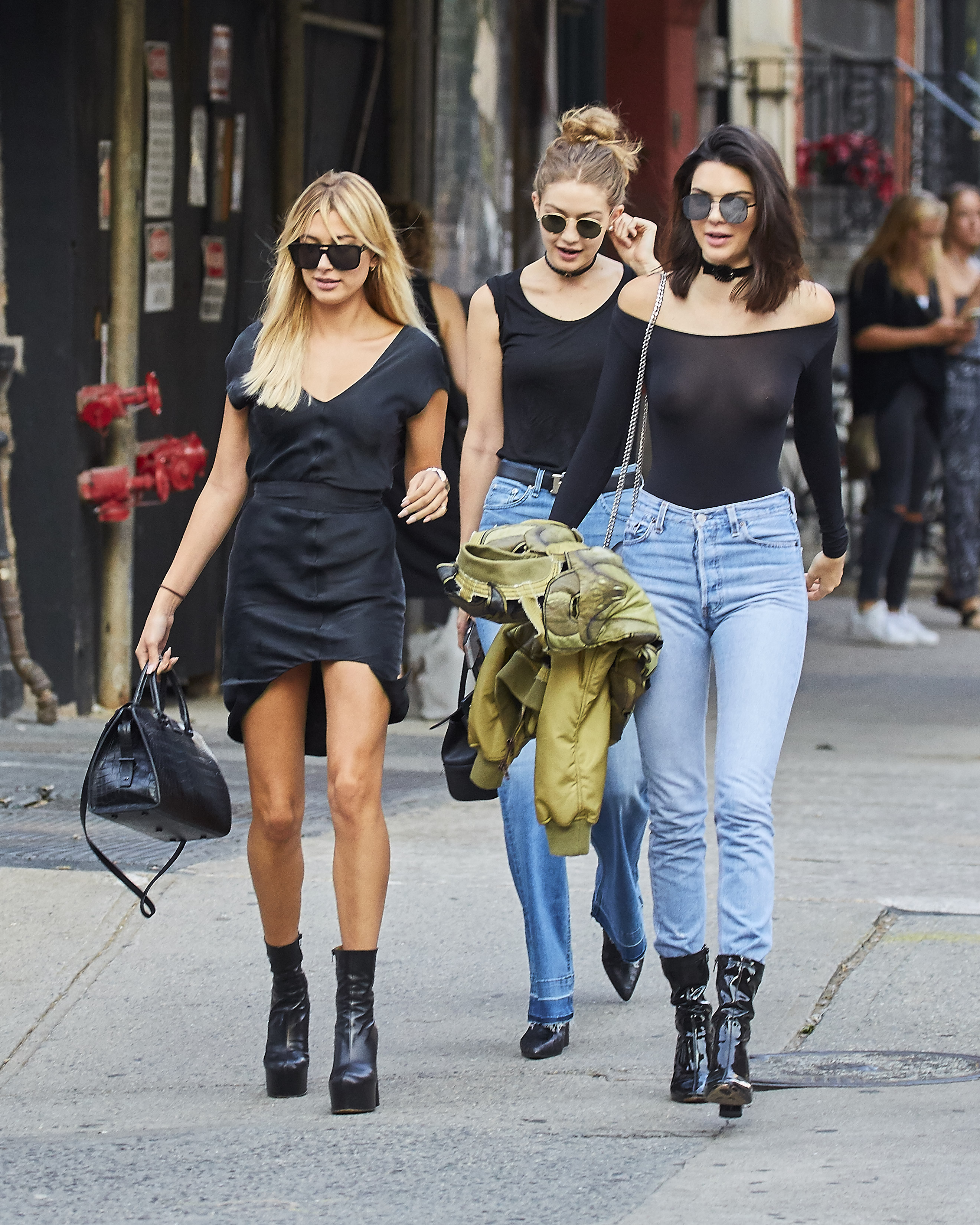 Gigi Hadid and Hailey Baldwin spotted going for a walk in the East Village neighborhood of NYC Pictured: Gigi Hadid, Hailey Baldwin, Kendall Jenner Ref: SPL1305739 210616 Picture by: J. Webber / Splash News Splash News and Pictures Los Angeles:310-821-2666 New York: 212-619-2666 London: 870-934-2666 photodesk@splashnews.com