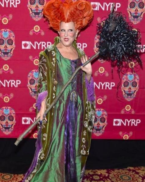 Bette Midler Hocus Pocus costume