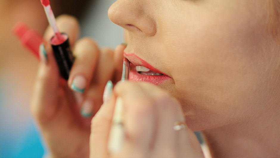 are makeup counter makeovers really bad for your skin