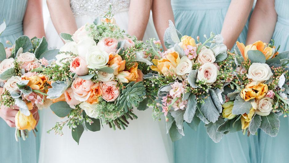 11 mistakes brides make when choosing their wedding colors