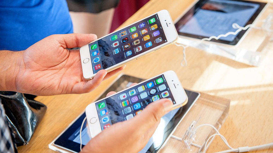 The Scary Reason People Are Returning Their New iPhones
