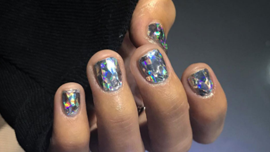 Diamond nail art trend