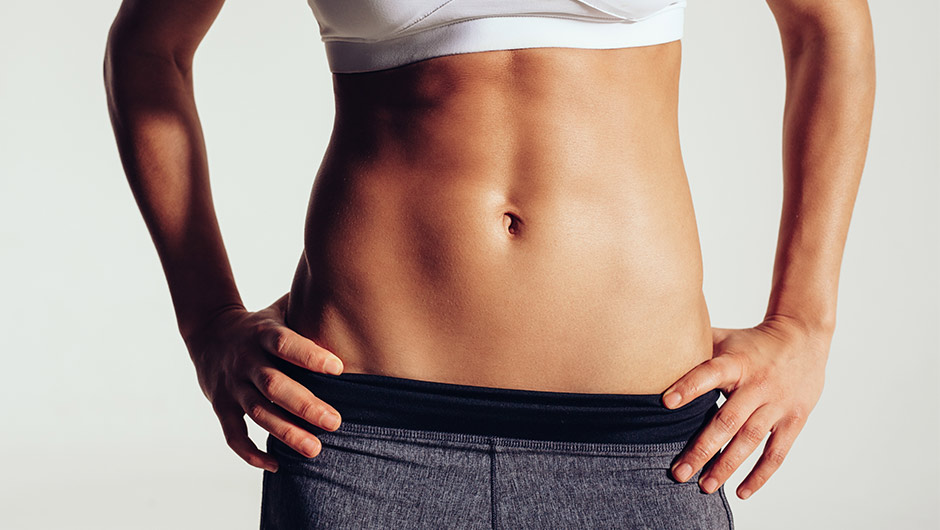 How To Get A Flat Stomach Without Doing Crunches, According To A Trainer