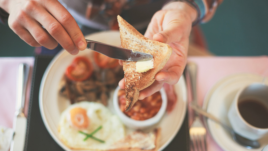 The Best Breakfast To Speed Up Your Metabolism, According To A Dietitian
