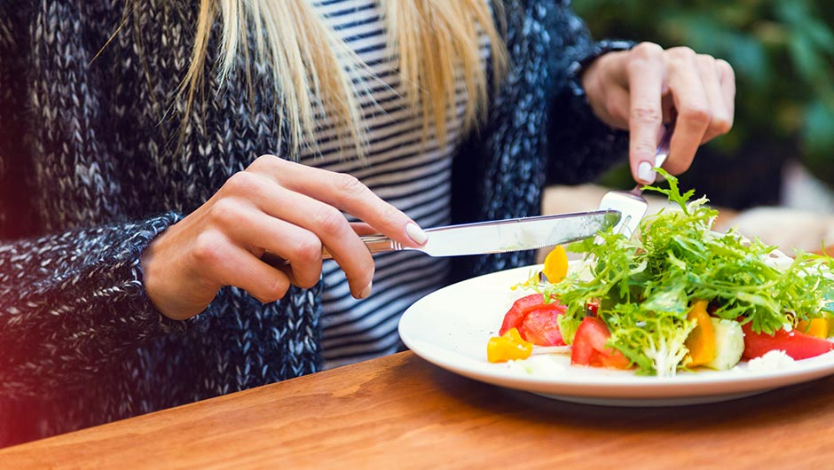 The Healthiest Foods To Eat For Lunch, According To Dietitians