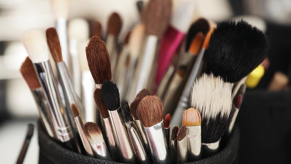 Best Easiest Way Clean Your Makeup
