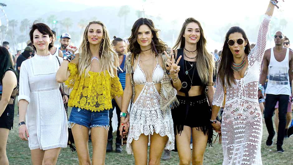 Looks - Wear to what music festival video
