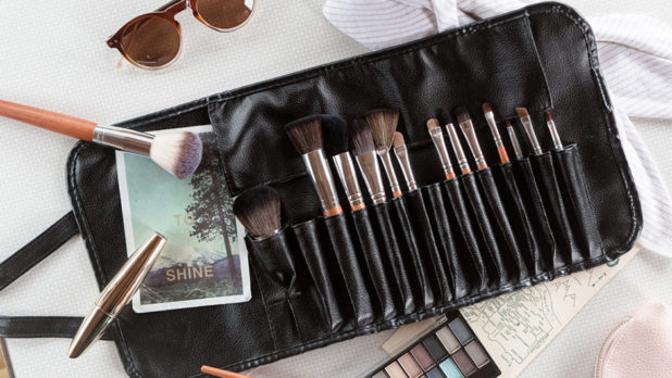 We're Giving Away 100 Brush Sets From Vanity Planet--That's 1500 Makeup Brushes, People!