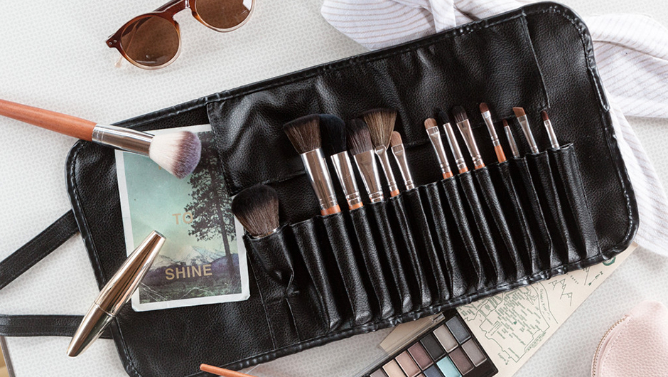 We Re Giving Away 100 Brush Sets From Vanity Planet