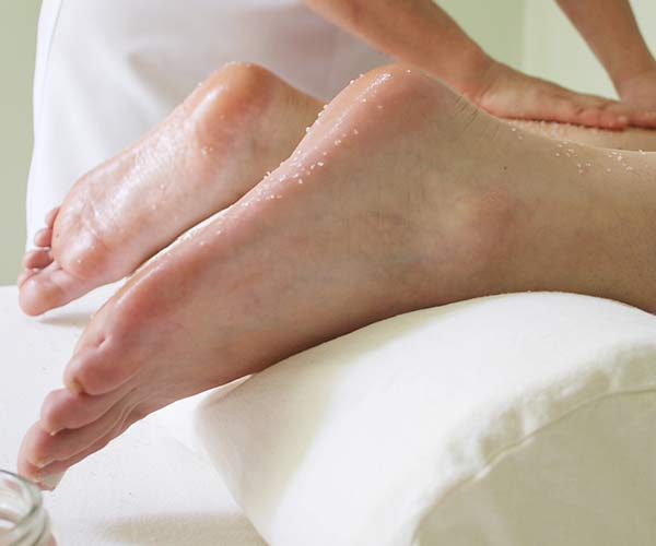 the scary downside to foot peels that no one tells you about