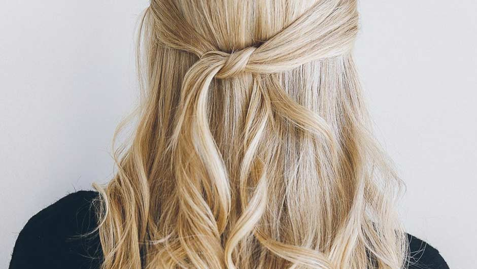 These pretty half up hairstyles are perfect for work the weekend these pretty half up hairstyles are perfect for work the weekend and everything in between solutioingenieria Image collections