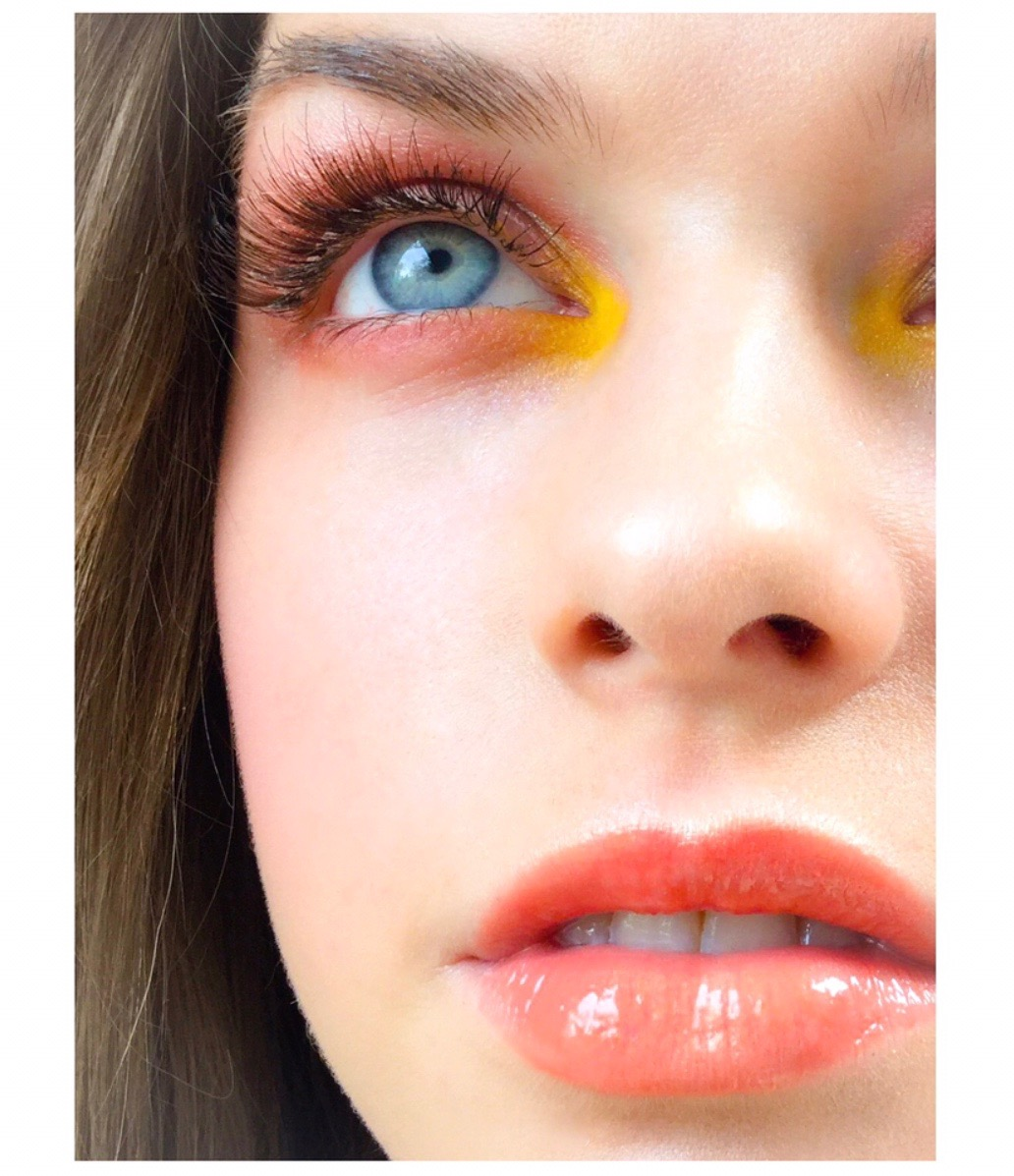 Forum on this topic: The New Eyeshadow Trend is What, the-new-eyeshadow-trend-is-what/