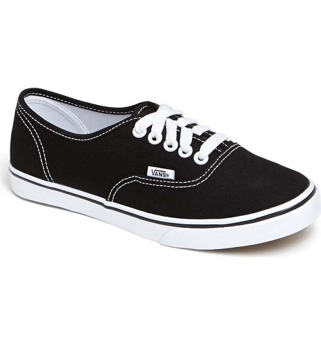 436ef23d41dcfa ... cute Vans on sale! And the prices are amazing  I m talking under  30!  Whether you want a classic pair or a pair of slip-ons