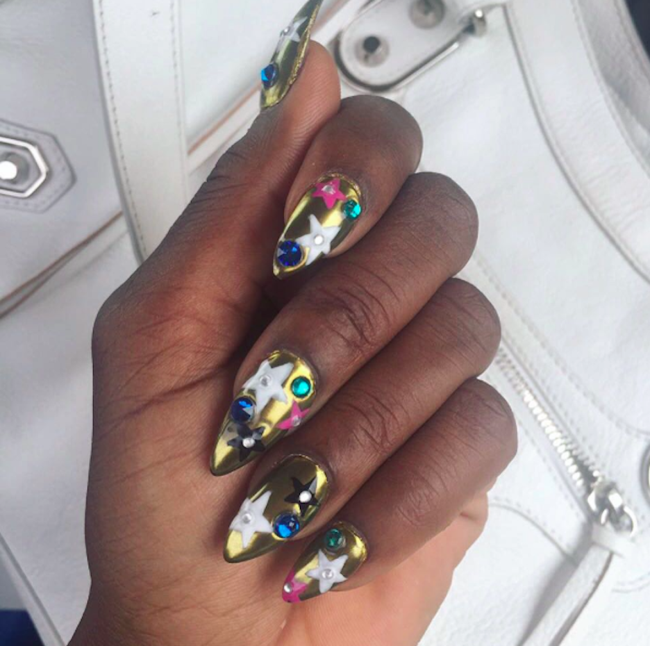 Fashion claws tv show manicurist nail art trends designs cheers everyone is obsessing over this nail trend and idk how to feel about it prinsesfo Gallery