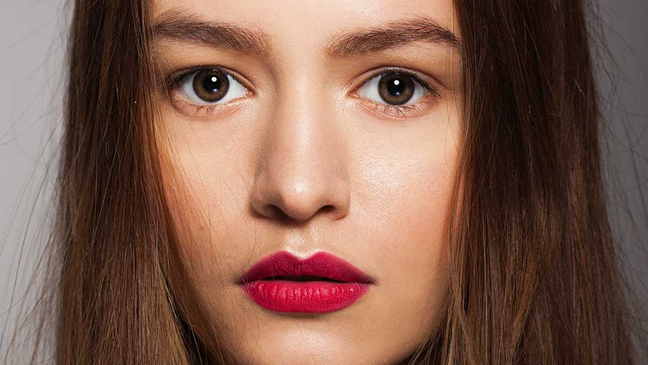 This Is How To Find The Best Lipstick For Your Skin Tone, Once And For All