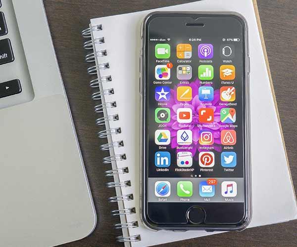 iphone blue light dangers