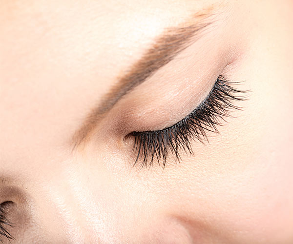 natural ways to get longer lashes