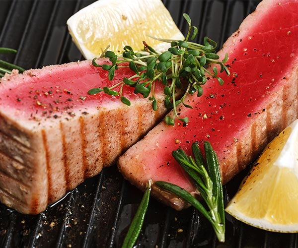 4 healthy fish to put on the grill this summer for Is tuna fish healthy