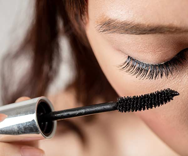 natural tips to get longer lashes