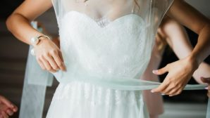 6 Things Brides Forget To Do At The Dress Fitting