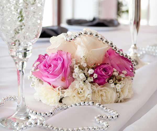 cheesy wedding decorations