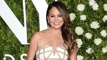 Chrissy Teigen Dyed Her Hair And We Can Hardly Recognize Her