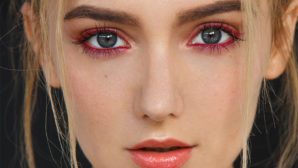 4 Tips Makeup Artists Swear By To Rock This Summer Eyeliner Trend