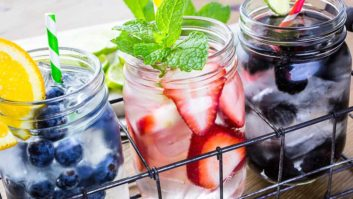 3-Ingredient Detox Drinks That Can Help You Lose 5 Pounds Fast