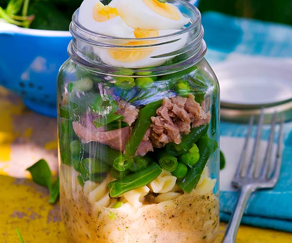 6 Mason Jar Salads To Bring To Work This Week To Lose 6 Pounds Shefinds
