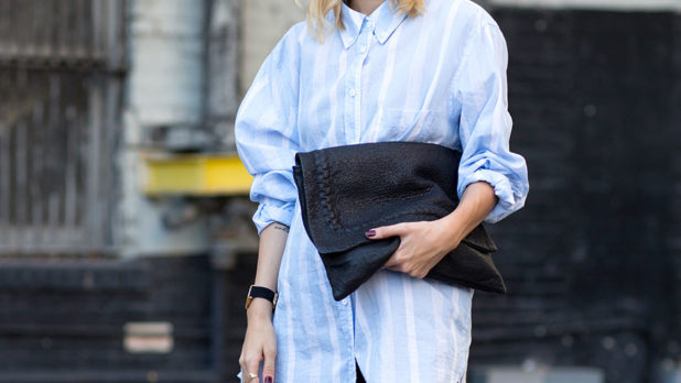 How To Style An Oversized Shirt 5 Ways