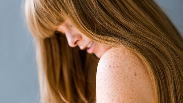 4 Seriously Simple Ways To Get Soft, Shiny Hair At Home