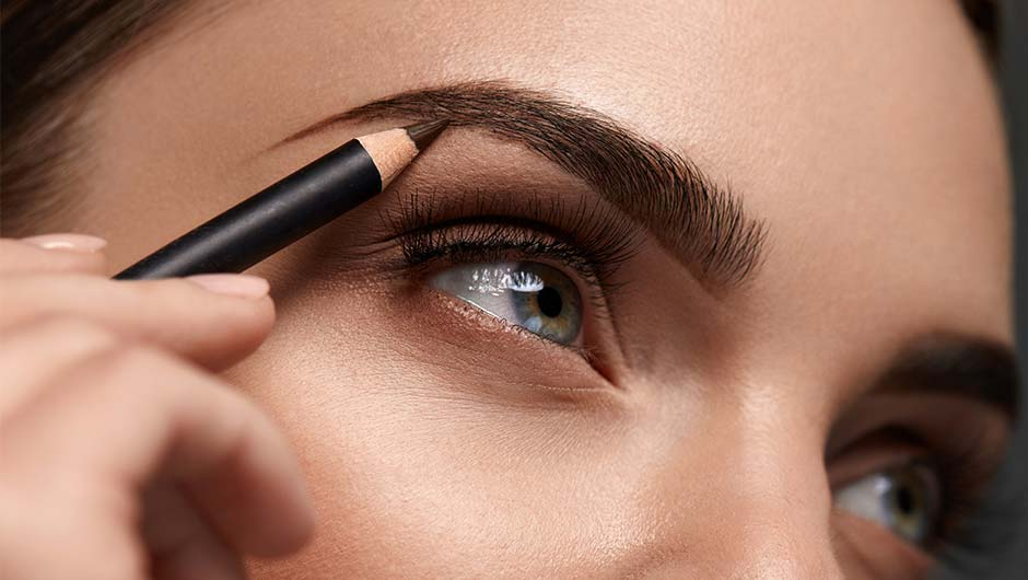 You're Doing It Wrong: Using A Brow Pencil - SHEfinds