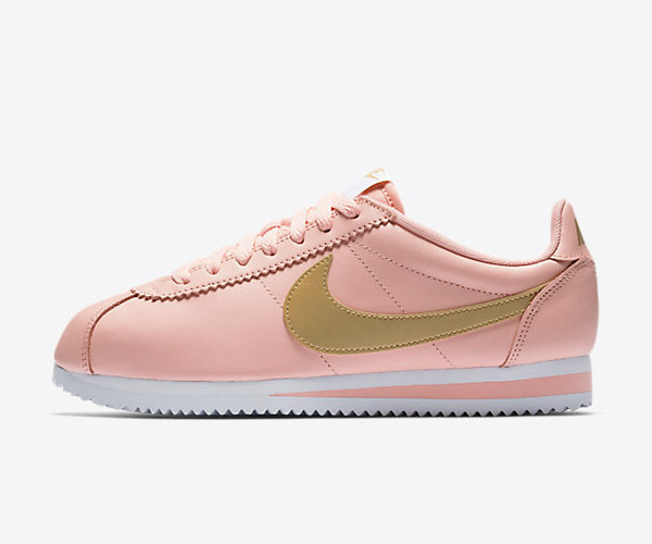 fashion sneaker nike pink