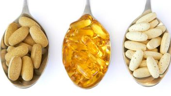 4 Supplements Experts Swear By For Your Hair, Skin & Nails