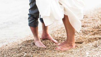 10 Things Couples Should Consider Before Having A Hawaiian Wedding