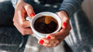 The One Hot Drink Doctors Say You Should Have For Your Hair, Skin & Nails