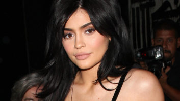 Hold Up -- Kylie Jenner Had A Nude Ice Sculpture Of Herself At Her Birthday Party?