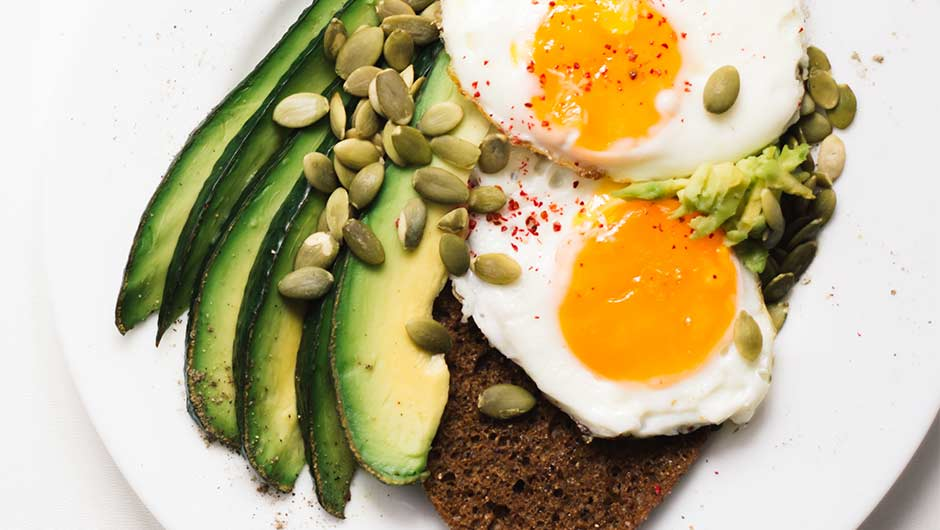The One Low Carb Food You Should Eat To Speed Up Your Metabolism, According To A Nutritionist