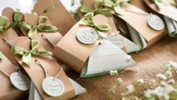 7 Mistakes Couples Make On The Wedding Favors